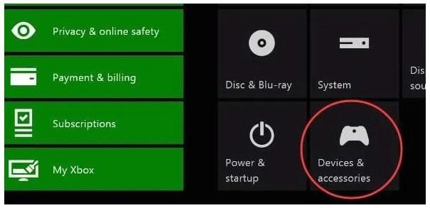 select xbox device&accessories setting to update controller