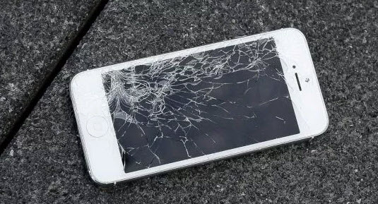 how to get data off a broken iphone