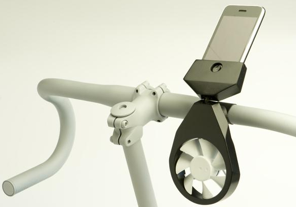 charge-iphone-with-wind-turbine