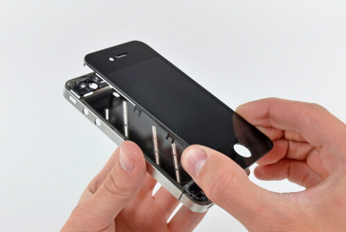 disassemble-the-iphone