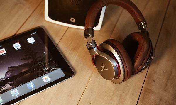 ipad-headphone
