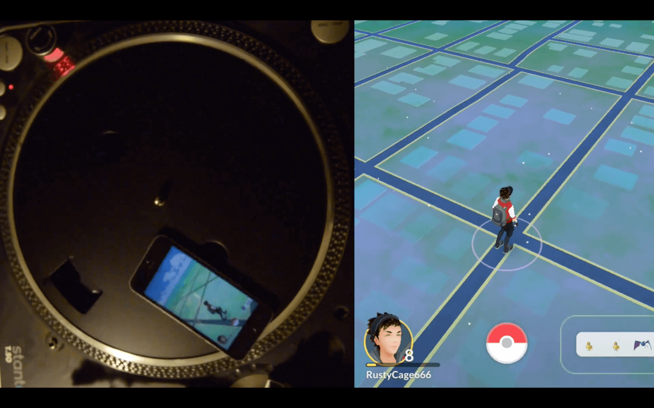 use turntable to catch eggs