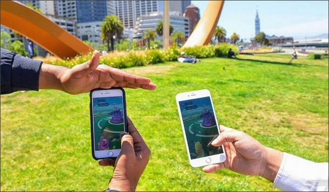 play pokemon go in the park