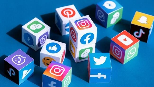 stop tracking on social media
