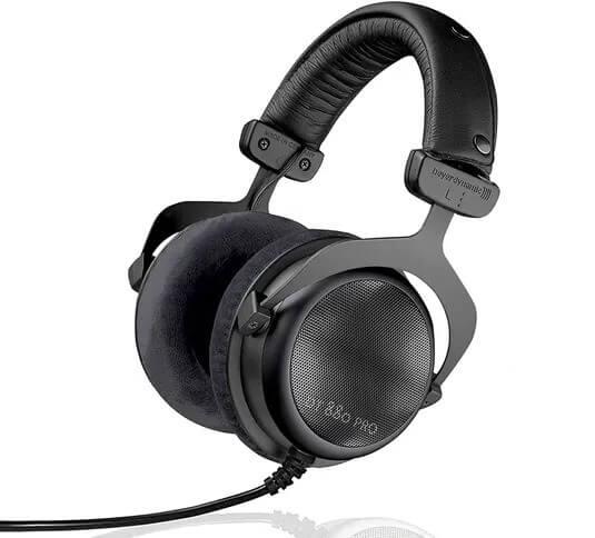 beyerdynamic at 880 pro headphones