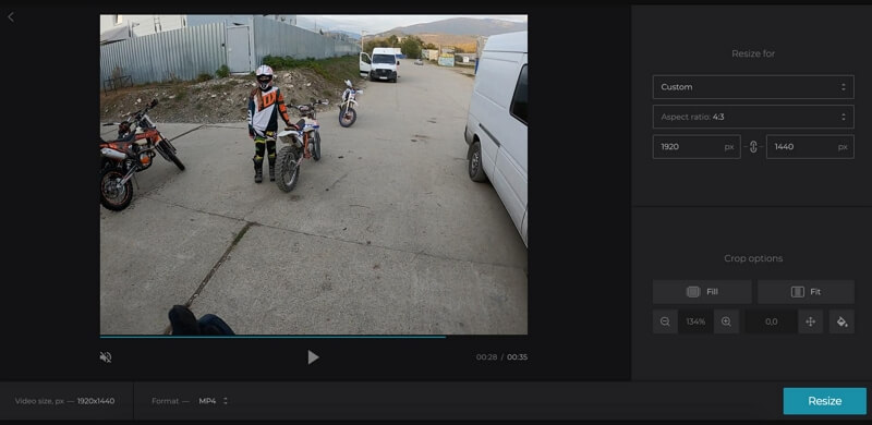 crop video to remove black bars