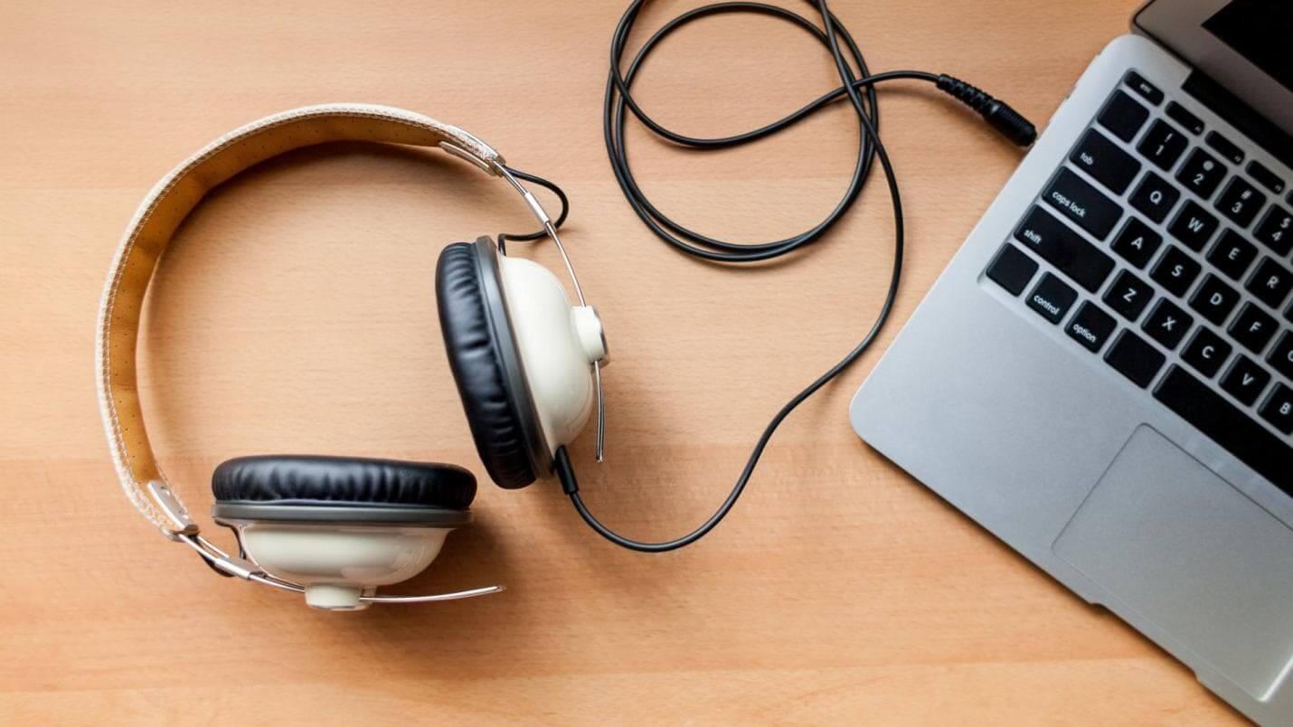 wear the headphones