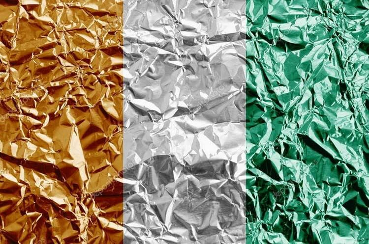 Creased tin foil backdrop idea