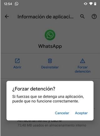 Forzar detención de WhatsApp