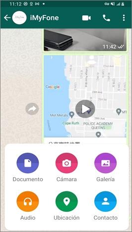 Enviar una ubicación en WhatsApp utilizando un dispositivo Android